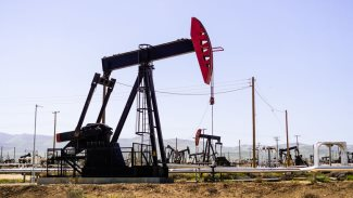 Operating oil well, Bakersfield, California